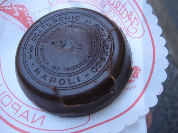Chocolate medallion